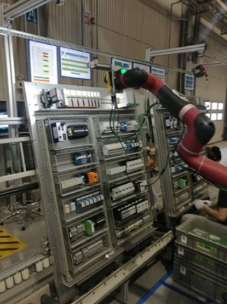 Robot guided In-Sight 5705 detects defects for numerous parts